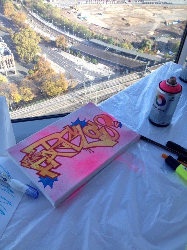 Graffiti auf Leinwand Köln: für MRS FARBULOUS - Farbkombo